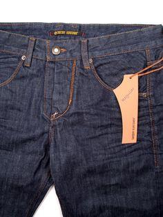 takeshy kurosawa - Pesquisa do Google Mode Masculine, Raw Denim, Denim Jeans, What Is Garment, Denim Art, Japanese Denim, Denim Branding, Denim Outfit, Vintage Denim