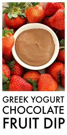 HEALTHY Greek Yogurt Chocolate Fruit Dip - this stuff is SO good! Best Fruits, Healthy Fruits, Healthy Drinks, Healthy Recipes, Healthy Breakfasts, Healthy Yogurt, Nutrition Drinks, Healthy Food, Dip Recipes