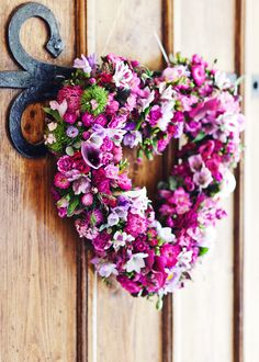 Flower on the Front Door Wedding Photos, Floral Wreath, Wreaths, Doors, Gallery, Flowers, Home Decor, Marriage Pictures, Decoration Home