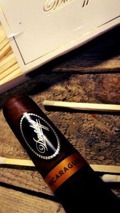 Dégustation Davidoff Nicaragua robusto ( news 2013 ) http://cigare.skynetblogs.be/archive/2013/11/15/davidoff-nicaragua-robusto-7987153.html