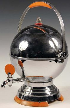 Art Déco - Machine à Café 'Sphère' - Chrome et Bakélite - Manning Bowman - Meriden - Conn - Vers 1935