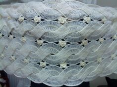 Hairpin lace Crochet Shawl         lovely