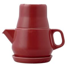 Porcelain red tea for one set by Kinto. Consists of three stackable parts, a teapot, a cup and a plate. The spout of the teapot has a small inbuilt Red Teapot, Coffee Server, Modern Holiday Decor, Tee Set, Shops, Tea For One, Tea Strainer, Tea Kettles, Ceramics Projects