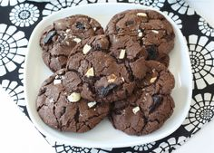 Triple Chocolate Oreo Chunk Cookie Recipe on twopeasandtheirpod.com. Love these decadent cookies! #cookies #chocolate #Oreo