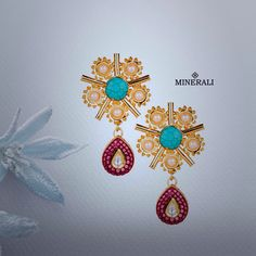 Floral accessories to make you shine bright this summer. Buy these gorgeous earrings by Chic Therapy only at Minerali. #Minerali_store #floral #summer #jewellery #fashion #style #love #earrings #accessories #fashion #linkingroad #bandra #minerali