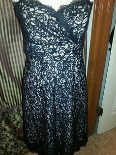 White House Black Market Ladies Lace dress  strapless. Black with Ivory Lining