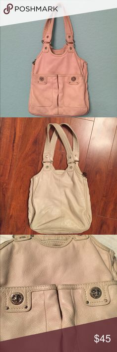 Marc Jacobs hobo bag Wearing & aging signs but fair condition. Hardwears in good condition.Few stains on the bottom and low front side.Threads coming off from side. Offer me. Marc Jacobs Bags Hobos