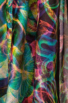 Carnovsky RGB scarf
