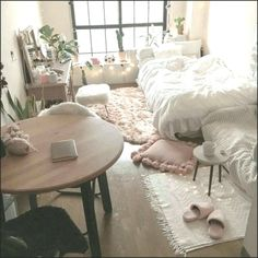 awesome college bedroom decor ideas and remodel page 6 tolle College Schlafzimmer Dekor Id College Bedroom Decor, Cool Dorm Rooms, Small Room Bedroom, Room Ideas Bedroom, Home Bedroom, Bedroom Apartment, College Bedrooms, Space Saving Bedroom, Cosy Apartment