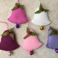 Lot of 5 felt bells with bell, decoration to hang on Christmas tree, Christmas decoration, unique handmade, Lot of … - nimivo sites Felt Christmas Decorations, Christmas Swags, Christmas Ornament Crafts, Christmas Sewing, Felt Ornaments, Felt Crafts, Handmade Christmas, Christmas Crafts, Fleece Crafts
