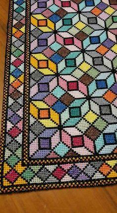 Bead Crochet, Crochet Motif, Cross Stitch Cushion, Scrap Busters, Cushion Covers, Cross Stitching, Needlepoint, Cross Stitch Patterns, Projects To Try