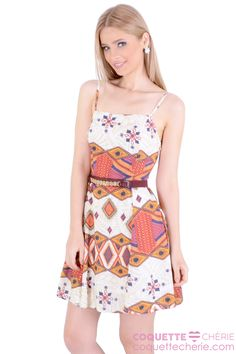 Vestidos estampados são alegres! A estampa geométrica retrô tem as cores da coleção, use com botas no inverno! -- Barzinho -- Dia-a-dia -- Passeio
