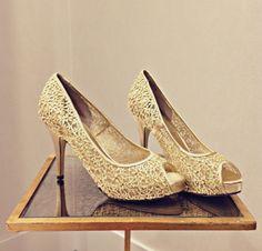 Put them on a pedestal: Menbur gold pumps