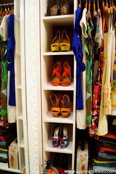 Walk in closets... OMG I want.