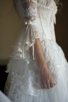 ⚜ I'm a true romantic at heart. I adore all things frilly, delicate, and feminine. Pretty Dresses, Beautiful Dresses, Bridal Gowns, Wedding Gowns, Pearl And Lace, Linens And Lace, Vintage Lace, Belle Photo, Ruffles