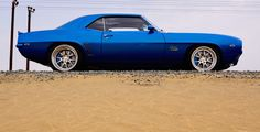 Check this out! I genuinely appreciate this color choice for this blue chevy camaro 1968 Camaro, Chevrolet Camaro, Cool Old Cars, Fancy Cars, Super Fast Cars, Gm Car, Pony Car, Sweet Cars, American Muscle Cars