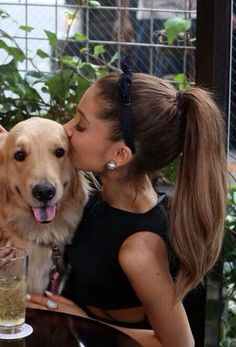 I just love Ariana and her love for animals..