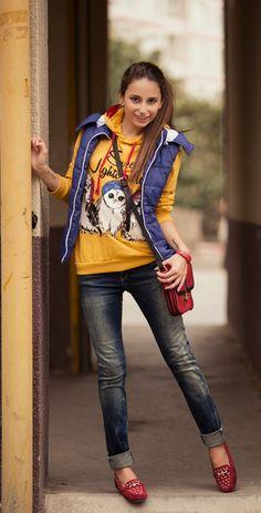 #romanticazerbaijan #baku #azerbaijan #gence #georgia #yellow #blue #jacket #jeans #new #collection #2013 #2014 #fashion #beauty #girls #red #shoes #smile #love #longhair #bag #teen