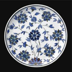 A Fine and Rare Iznik 'Damascus Style' Dish, Turkey, <P>Circa 1540</P> | Lot | Sotheby's