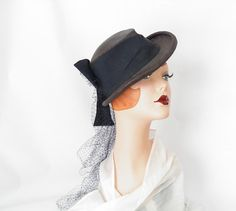1930s forward tilt riding hat Consumers by TheVintageHatShop