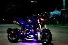 Custom Motorcycles, Cars And Motorcycles, Honda Grom, Mini Bike, Stunts, Motorbikes, Racing, Type, City