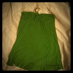 Emerald green tank top Mother of pearl accent on neck tie that doubles as a cute necklace Wet Seal Tops Tank Tops