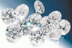 Os diamantes são pedras preciosas formadas nas profunde …