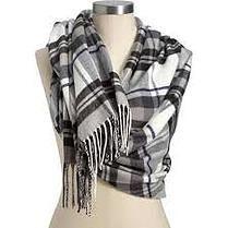 Black & White Flannel Scarf. #NewYork #StartSpeadingTheNews www.fromCAmpfire.com