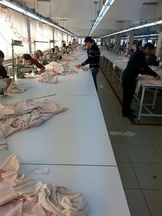An Unconventional Line Layout for Garment Production (Images)
