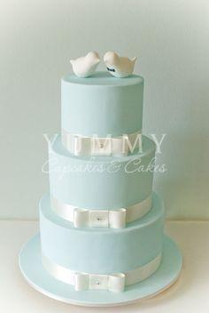 'Love Birds' wedding cake