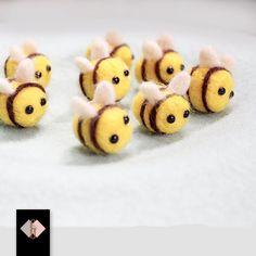 https://ae01.alicdn.com/kf/HTB1mor.KFXXXXa_XVXXq6xXFXXXn/10pcs-Lovely-Mini-Bee-Wool-Felt-100-HANDMADE-Sewing-For-DIY-Ring-Brooche-Hair-rope-Bag.jpg