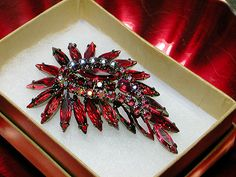 Let's Get Vintage - SHERMAN JEWELRY - PHOTO 2: Sizzling red siam brooch and earring demi. Signed SHERMAN - Vintage Costume Jewelry