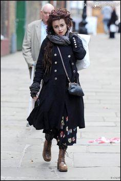 Helena Bonham Carter fait du shopping dans les rues de Londres, le 14 février 2011