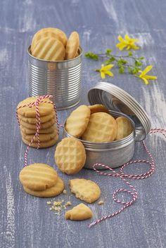 Cookie Decorating, Cookie Cutters, Almond, Food And Drink, Cookies, Cake, Sweet, Brownies, Pineapple
