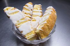 These Zesty Glazed Lemon Biscotti Are The Perfect Way To Satiate Your Sweet Tooth - Try 'Em Out!