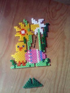 Easter Ostern hama beads by DECO.KDO.NAT http://www.creactivites.com/234-plaques-perles-a-repasser-midi-hama