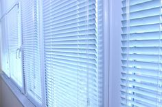 Horizontal blinds are a decorative and versatile solution for tilt and turn windows. You can control the amount of light that enters the room by adjusting the angle of the slats. With many color and design options to choose from when purchasing blinds , horizontal blinds will work well in any home setting be it more modern or traditional.
