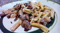 Pasta Casarecce con setas y salchichas - Casarecce con funghi misti e salsiccie - Porcini mushroom pasta recipe