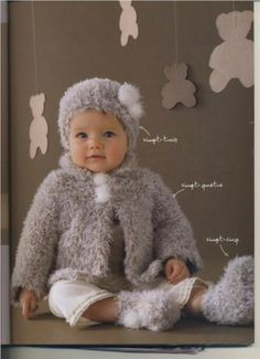template free pattern knitting baby girl Source by dominiquevittie Knitting Patterns Free, Free Pattern, Knitting Baby Girl, Baby Knits, Knit Crochet, Crochet Hats, Baby Sweaters, Baby Shower Gifts, Flower Girl Dresses