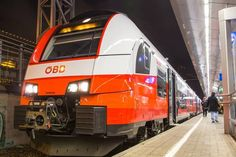 S Bahn, Vehicles, Trains, Beauty, Messages, Night, Car, Beauty Illustration, Train