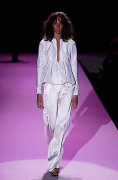 Gucci - Ready-to-Wear - Spring / Summer 2002