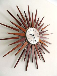 HUGE VINTAGE SETH THOMAS TEAK SUNBURST / STARBURST WALL CLOCK RETRO 1960s/1970s