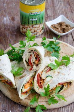 Lipii umplute cu hummus si legume coapte - Din secretele bucătăriei chinezești Fresh Rolls, Vegan, Ethnic Recipes, Food, Salads, Meal, Eten, Meals