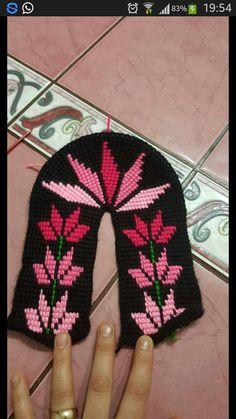 Dawn Freysinger Keat's media content and analytics Crochet Slipper Pattern, Crochet Patterns, Knitted Slippers, Tunisian Crochet, Knitting Socks, Gloves, My Little Pony, Retro, Inspiration