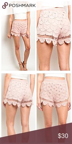 🆕PICS! Pink Lace Scalloped Shorts! NEW! Super cute peachy pink. Size small only. Boutique Shorts