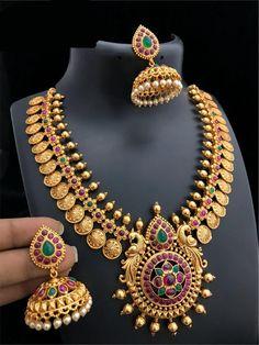 Gold Temple Jewellery, Gold Wedding Jewelry, Bridal Jewelry, Gold Jewelry, Bridal Bangles, Jewelry Art, Jewelery, Antique Jewellery Designs, Gold Jewellery Design