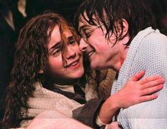Harry Potter and Hermione Granger-It seriously looks like he is leaning in to kiss her Harry James Potter, Harry Potter Tumblr, Photo Harry Potter, Harmony Harry Potter, Estilo Harry Potter, Mundo Harry Potter, Harry Potter Pictures, Harry Potter Characters, Harry Potter Universal