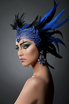 With fuller feathers draping back over the shoulders, this would have even more impact.