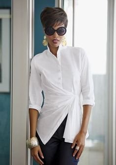 Rock your look with women's wigs and afrocentric fashions for work, church and nights out. Casual Fall Outfits, Classy Outfits, White Shirt Outfits, Cool Outfits, Denim Outfit, My Outfit, Court Outfit, White Shirts Women, Over 50 Womens Fashion