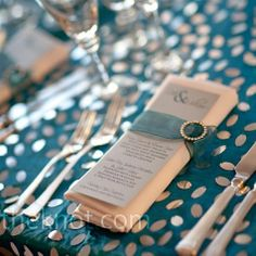 ...menu...I love how the menu is attached to tha napkin with a Chiffon belt and sparkly buckle...I want to do this